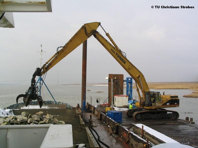 12/2005 Bagger- en sloopwerkzaamheden – Frankrijk